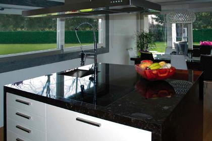 Cdc Casa Del Caminetto Lavorazioni In Marmo Granito E Quarzo Top E Piani Per Cucina